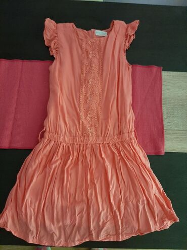 Decija garderoba - Srbija: Prodajem haljine za devojčice veličine od 14.16, i još mnogo druge