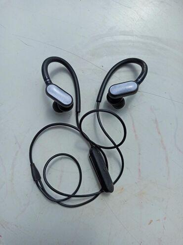 блютуз-наушники-lg-купить в Кыргызстан: Bluetooth наушники mi sport mini, состояние отличное. Только сами