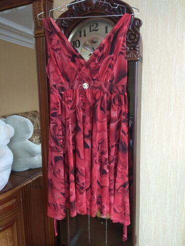 женские платья новые в Азербайджан: Продаются очень красивое женское платье