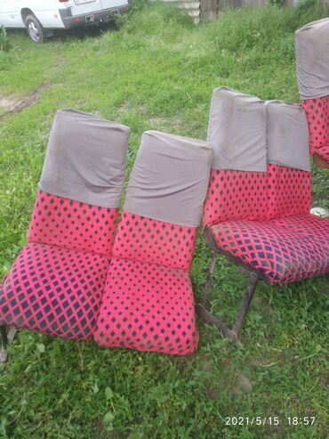 Продаю сиденья,бус сапог цена 3500 сом