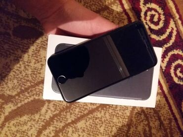 Б/У iPhone 7 32 ГБ Черный (Jet Black)