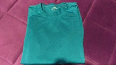 Sportska bluza, velicina L - Jagodina