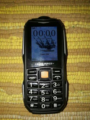 Telefon land rover,dual sim,meni na srpskom,ide u fabrickoj kutiji u - Belgrade
