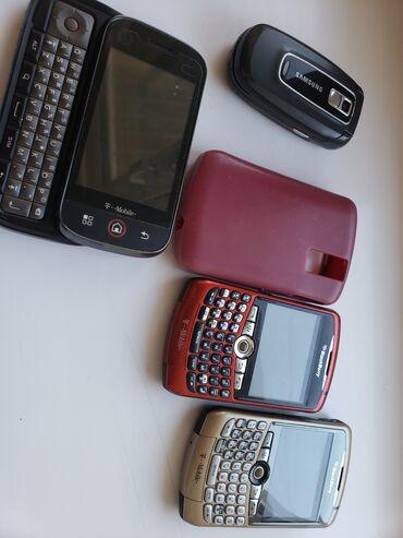 blackberry bold 9000 в Кыргызстан: 2шт BlackBerry 1шт моторола 1шт Самсунг Все рабочие Без батареек Цена