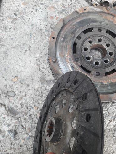диски на бмв х5 е53 бу в Кыргызстан: Продаю на бмв е39 530 маховик, диск сцепления и корзину. состояние