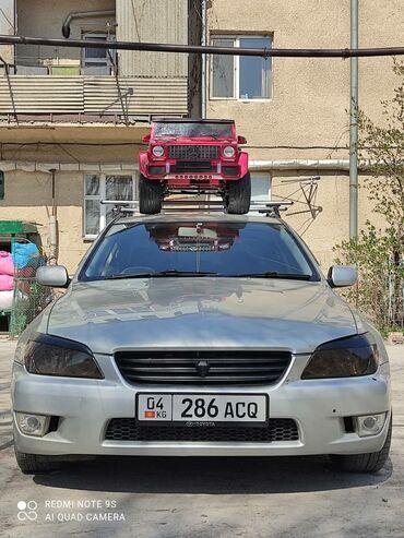 Toyota Altezza 2 л. 1999