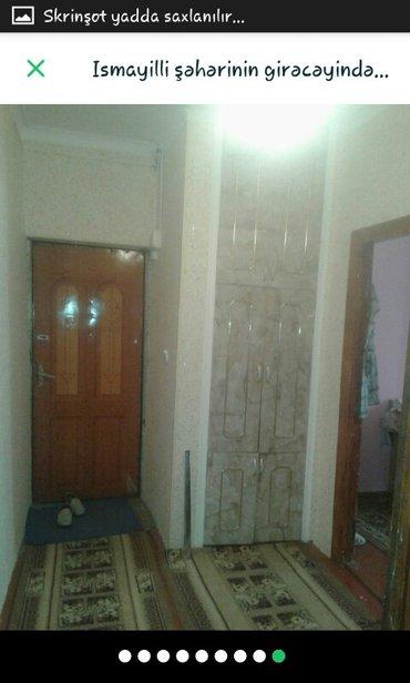 İsmayıllı şəhərində Ismayıllı şəhərin girişində  bina evində 3 otaqlı mənzil