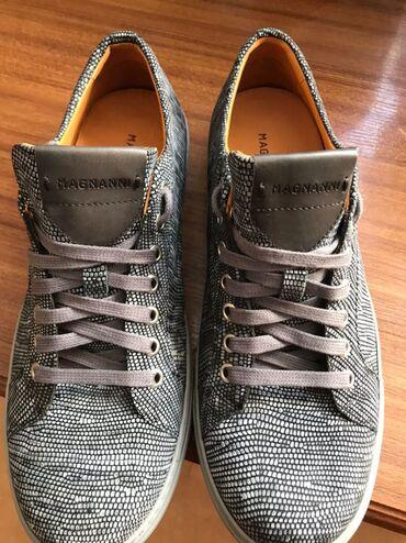 Обувь, чистая кожа ( Dubai Mall)  Обувь совершенно новый 42 размер, се