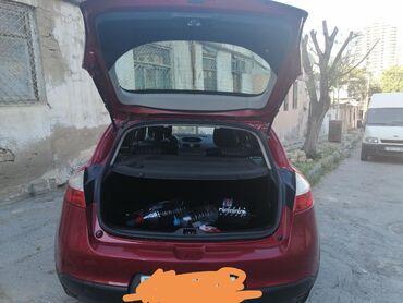 tecili sac ustasi teleb olunur - Azərbaycan: Renault Megane 2 l. 2011 | 111000 km