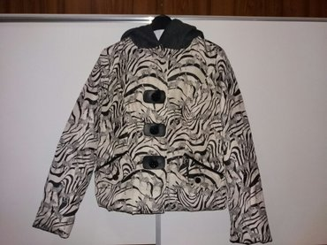 SNIŽENJE!! Sa 1800-1200 din  Nova jakna, nikada korišćena, veličina M - Nis