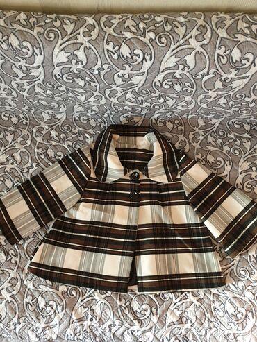 Пальто - Бишкек: Продаю новое пальтишко, размер подойдёт на 42-48