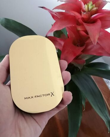 Maxi cosi - Srbija: Max Factor facefinity compact puder po ceni od 1000 dinara.Instagram