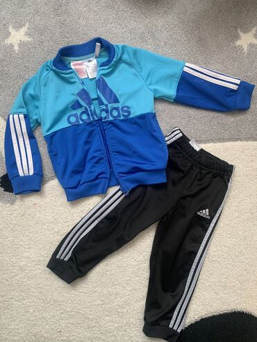 Torba pre meseca - Srbija: Original Adidas trenerka za decake vel 92, za 18-24 meseci, odlicno