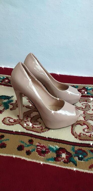 Женская обувь в Кочкор: Носила 1 раз новые