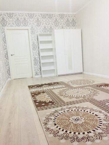Эркиндик - Кыргызстан: Продаётся квартира 3 комнатная. Центр. Бульвар Эркиндик. Просьба риелт