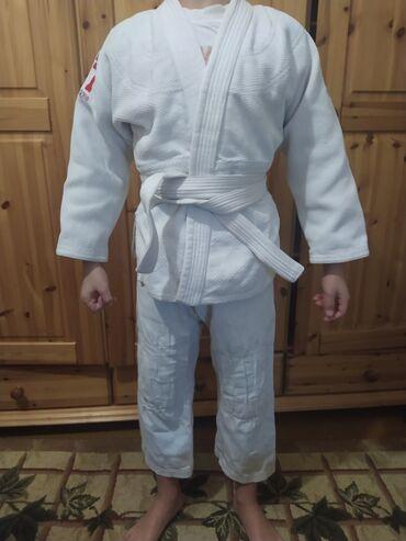 Кимоно для джиу джитсу или дзюдо, для мальчика 8-9 лет, состояние