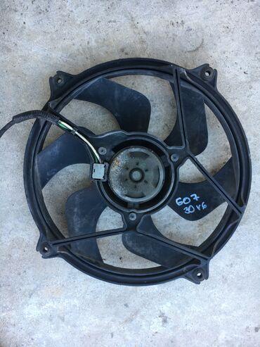 Audi 100 2 6 ат - Srbija: Ventilator hladnjaka 607 3,0v6 Originalni polovni delovi peugeot pezo