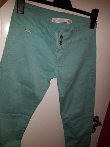 Prelepe pantalone veličina M,L - Odzaci