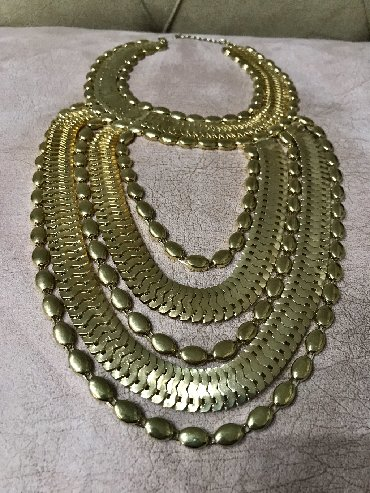 Ostali nakit - Srbija: Raskosna ogrlica, izuzetno bogata I efektna