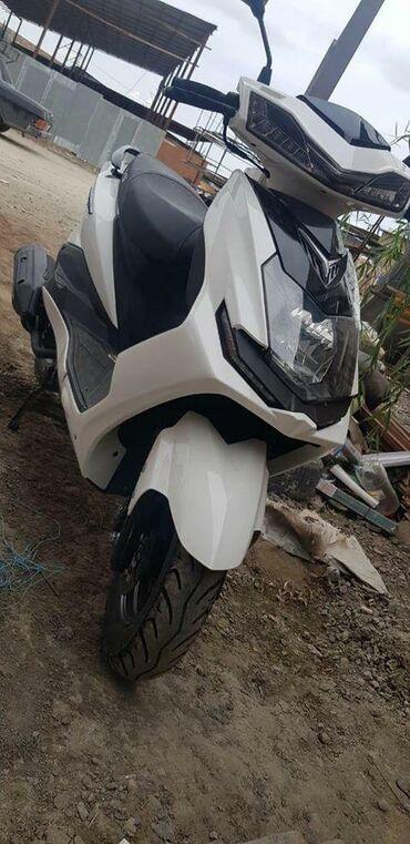 Motosiklet və mopedlər - Gəncə: Bòyùk ùçùn moto Ili 2020 tìrkùndùr tezedir alinib 2850 azn qiymet 2100