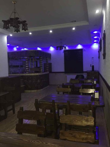 """ofisantka - Azərbaycan: Sumqayit şeherinde yerleşen """"Pub club 39"""" a isini bilen xanim"""
