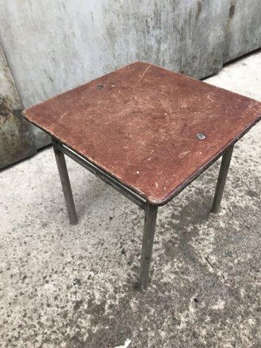 Продаю табуретку-550 сом. (высота-27 см, длина-28,5 см, ширина-28 см)