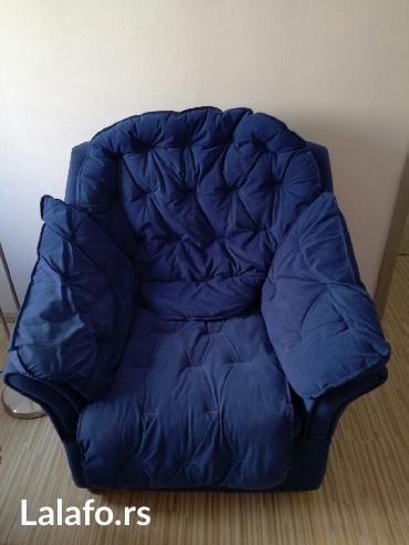 Fotelja ,skidaju se svi jastuci sa sedalnog dela,sa naslona, sa - Nis
