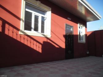 Bakı şəhərində Binəqədi qəsəbəsi 3 otaqlı həyət evi