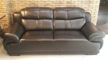 Продаю кожаный 3-х местный диван(БУ) в в Бишкек