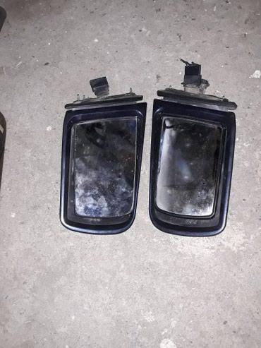 Sumqayıt şəhərində Mercedes w210 kuzaya yan guzguler. sag teref ela veziyyetdedi. sol