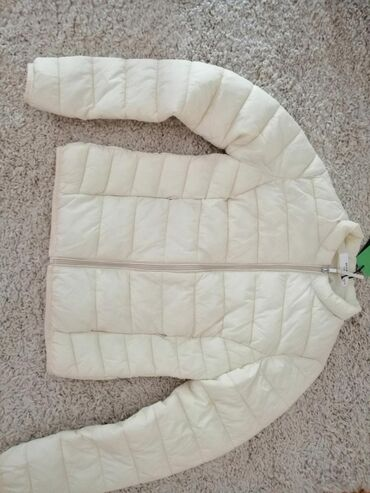 Nova jakna sa etiketom 1800 din