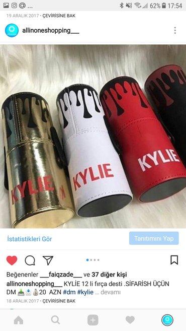 Bakı şəhərində Kylie 12 li fircha desti. Instagram