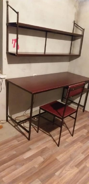 стол с двумя стульями в Кыргызстан: Стол стул со шкафом для школьников!изготавливается с чёрного