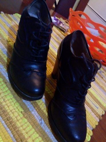 Kozne cipele.crne.vel 37.obuvene par puta.udobne - Kraljevo - slika 3