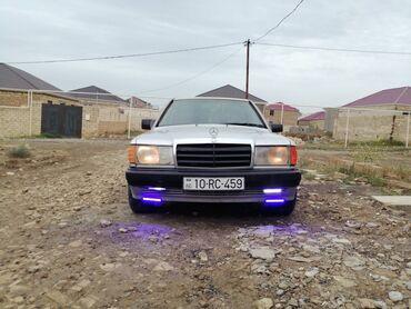 Mercedes-Benz 190 2 l. 1991 | 250000 km