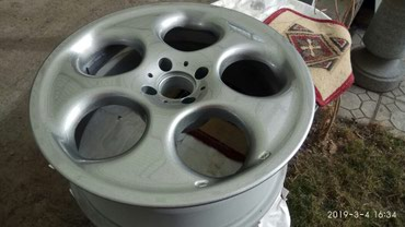 купить-диски-на-тойоту в Кыргызстан: Продам диски Rays оригинал Япония r17 7j et32 4-100 стояли на Тойота