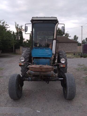 T28 traktor