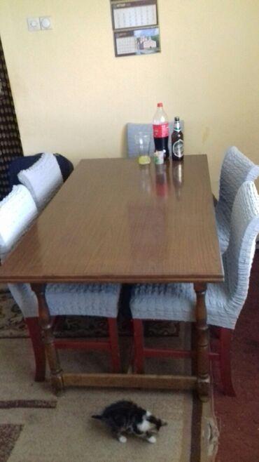 Pre - Srbija: Sto i 6 stolica. Sto se rasklapa.Stolica nijedna nije rasklimana samo