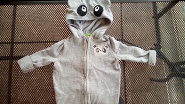 Dečije jakne i kaputi   Despotovac: Bluza za decaka do 2-3 mesacu kao nova dva puta koristena mnogo lepa