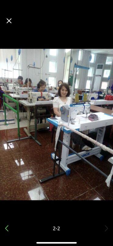 фасон узбекских платьев в Кыргызстан: Требуются квалифицированные швеи. Пошив женских платьев. Оплата ежене