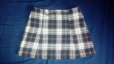 Zimska suknja benetton samo danas za 440din!!! Moderna kvalitetna - Novi Sad