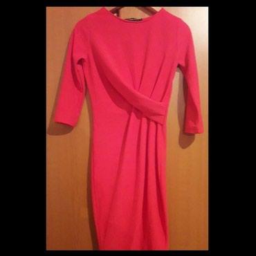 NOVA crvena haljinica. Uz telo, 3/4 rukavi - Nis