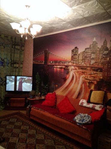 Продаю2хком кв в кв Победы 2 этаж лоджии застеклена в Кара-Балта