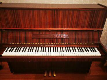 qəhvəyi botilyonlar - Azərbaycan: Pianino adı Belarus. Özüm işlətmişəm. 12 aktavası 3 pedalı var. Rengi