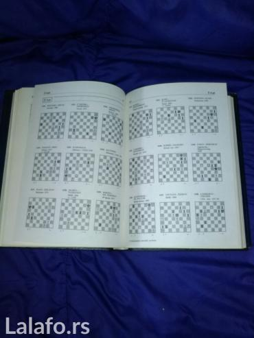 Sport i hobi - Bela Crkva: Enciklopedija sahovskih zavrsnica. U odlicnom stanju