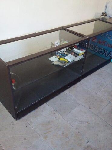 Biznes üçün avadanlıq - Biləsuvar: 2 eded vitrin satilir. Ikisi birlikde 100 azn.Uzunlugu 1 metr, eni 55