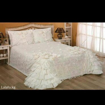 Шикарные 2х спальные комплекты с шторами, в сундуках