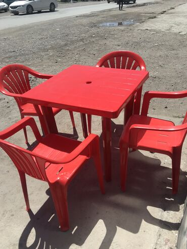 Пластиковые столы и стулья Новый Не использованы