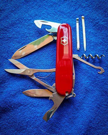 В продаже отреставрированный швейцарский нож Victorinox Swiss Army Cli