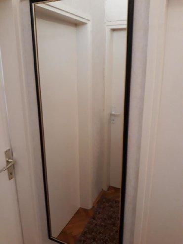 Ogledalo sa crno-zlatnim ramom,visina 154 cm,sirina 54 cm